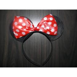 Cordeluta cu urechiuse si fundita rosie cu bulinute albe  Minnie Mouse
