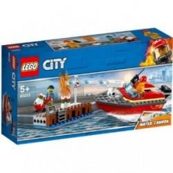 LEGO City Incendiul de la Docuri 60213